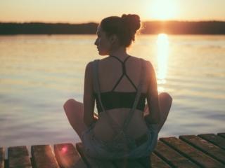 woman-lake